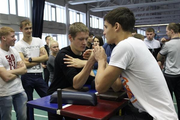 Соревнования по армспорту